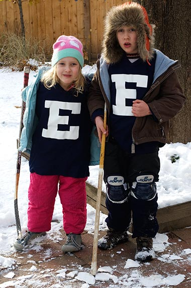 Kids in their hockey gear